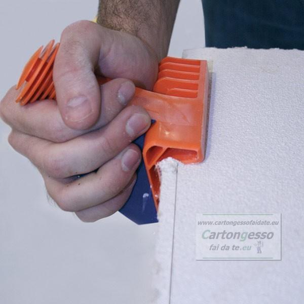 Bordatrice per pannelli in fibra - particolare 3