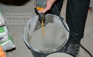 mescolare cemento calcestruzzo