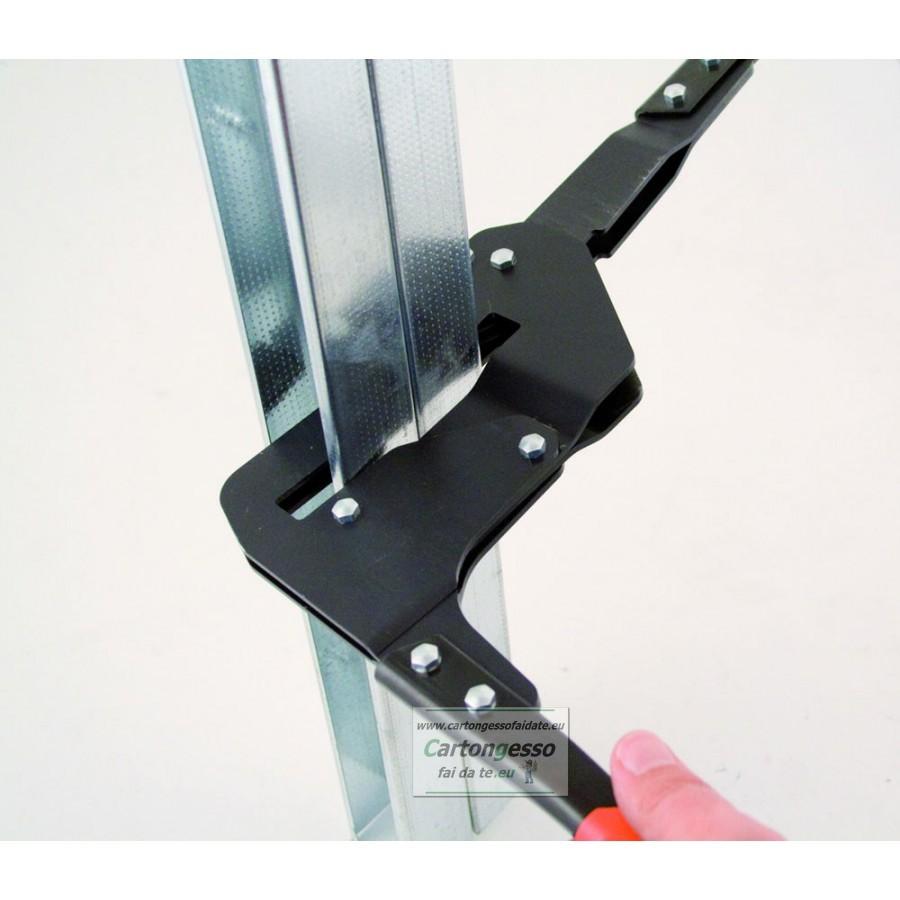 clippatore punzonatrice profili 70 mm