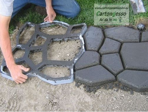 Stampi per mattonelle in cemento pannelli termoisolanti - Pavimentazione giardino senza cemento ...