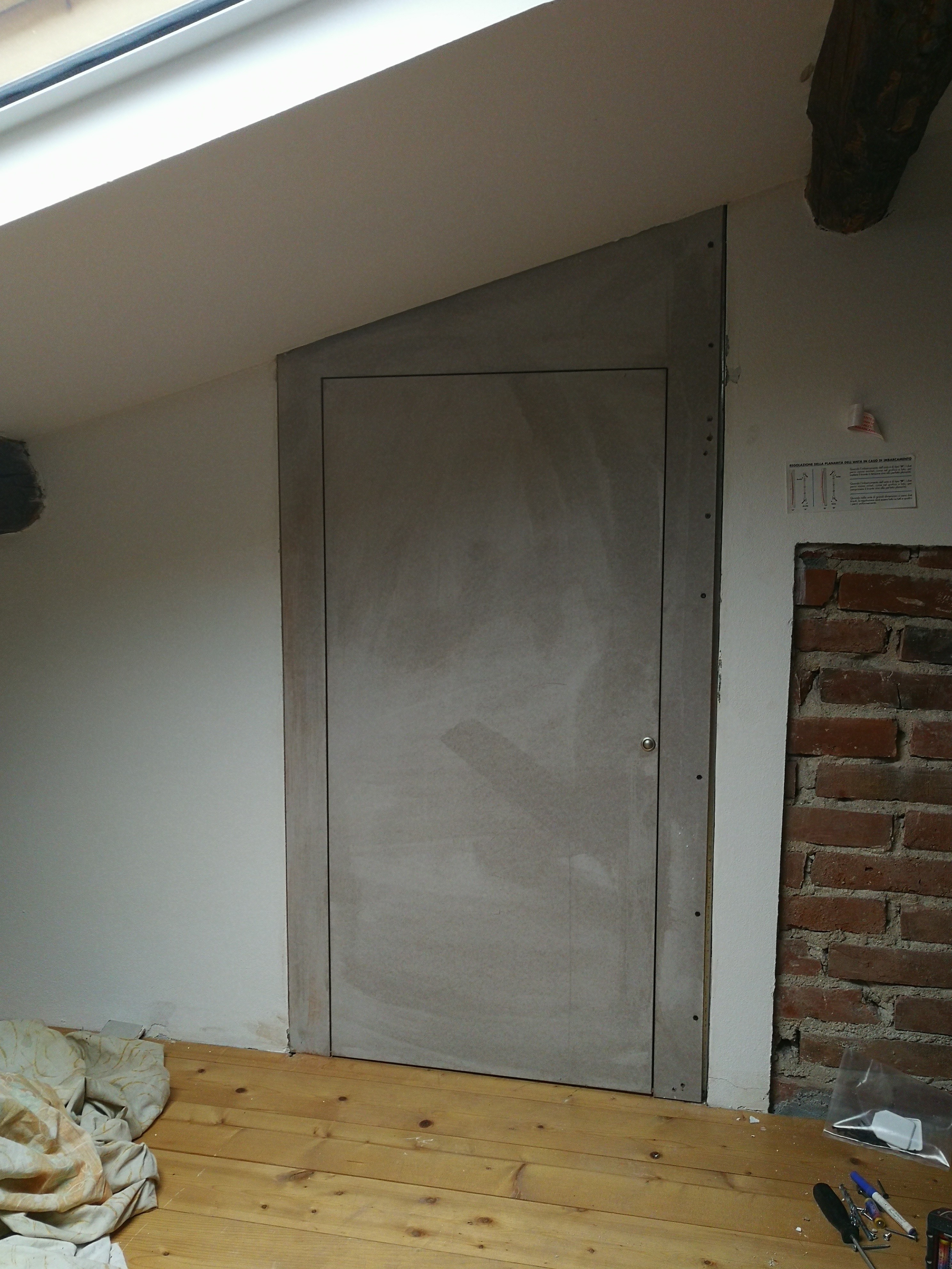 porta inclinata cartongesso