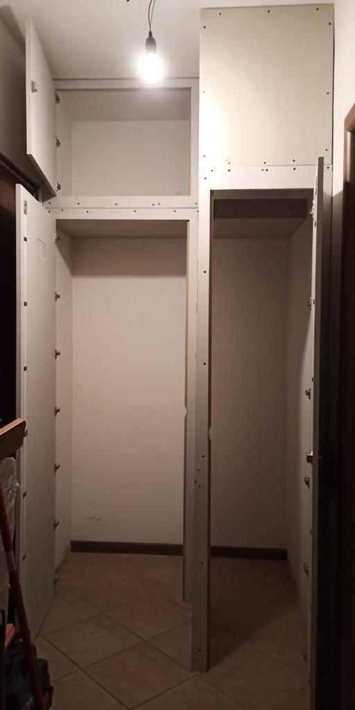 sportello anta armadio su misura blocco porta