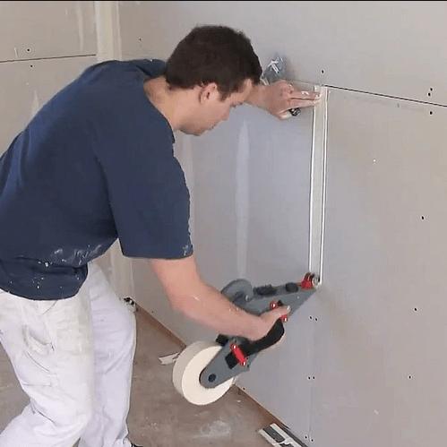stuccare cartongesso con macchinario applicatore stucco e carta